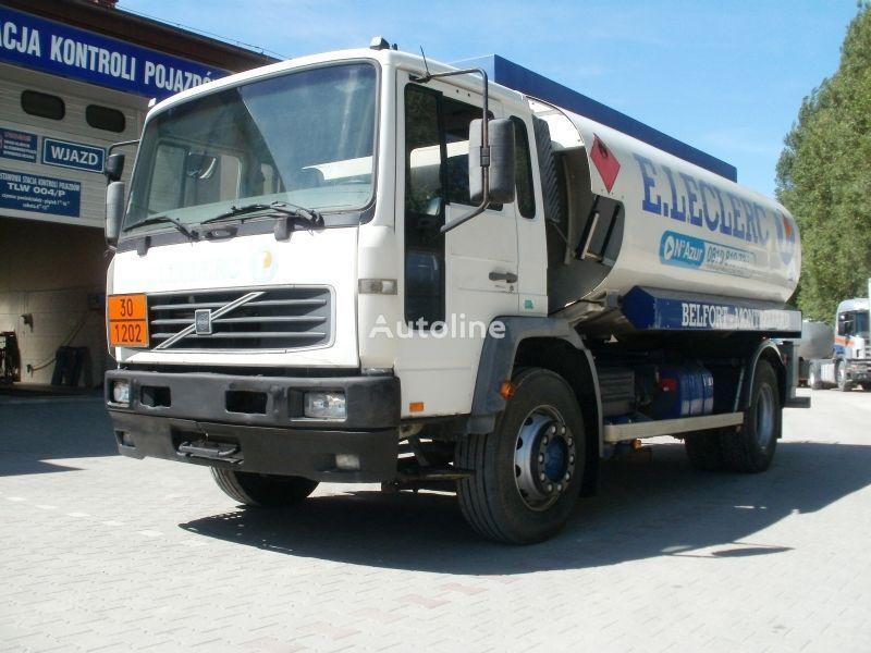 VOLVO FL19 M25 drivstoff transport tankbil