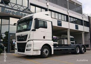 MAN TGX 26.460 LL Porta Casse Mobili lastebil chassis