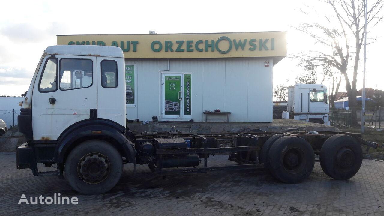 MERCEDES-BENZ 2524 L SK lastebil chassis
