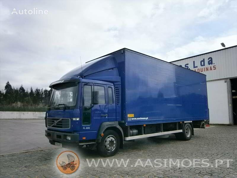 VOLVO FL6 220 lastebil varebil