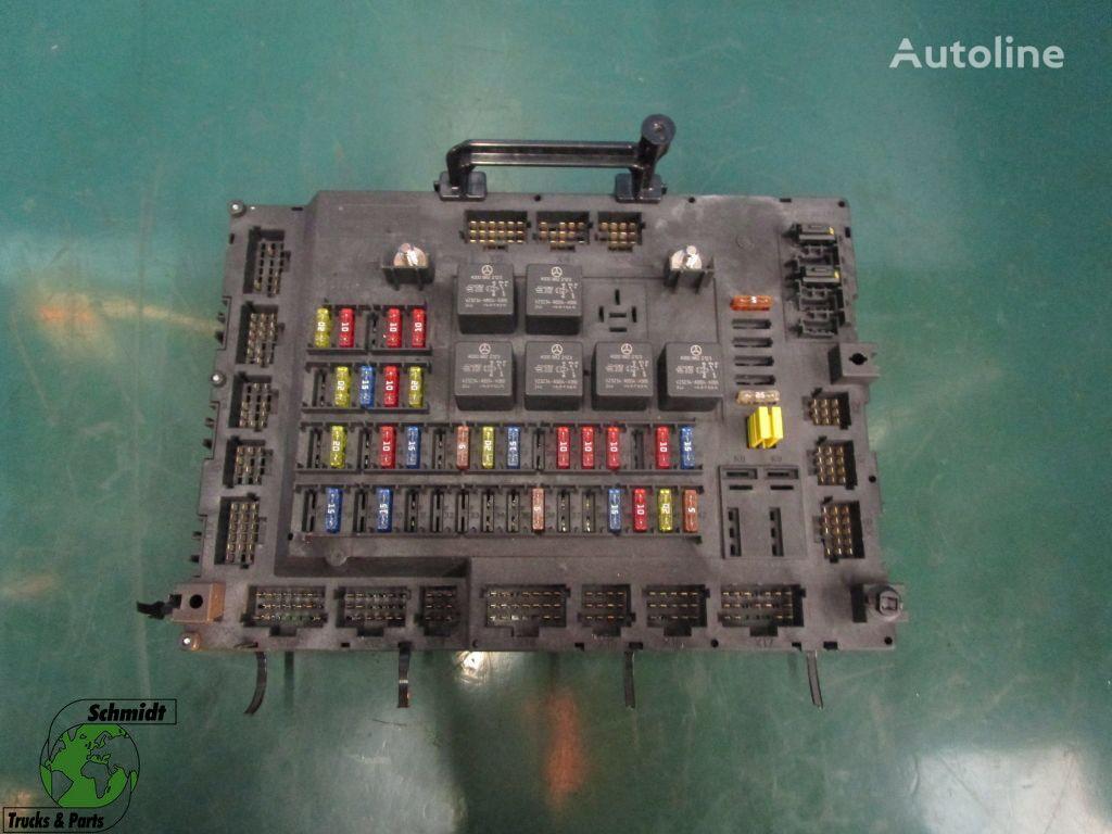 MERCEDES-BENZ A 001 446 19 58 beskyttelsesboks for trekkvogn