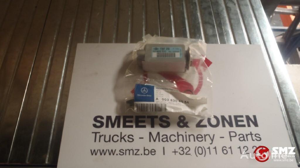MERCEDES-BENZ Occ ventiel verwarming pneumatisk ventil for lastebil