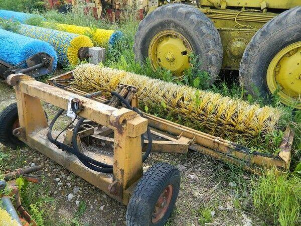 Cita tehnika Traktora birste børste