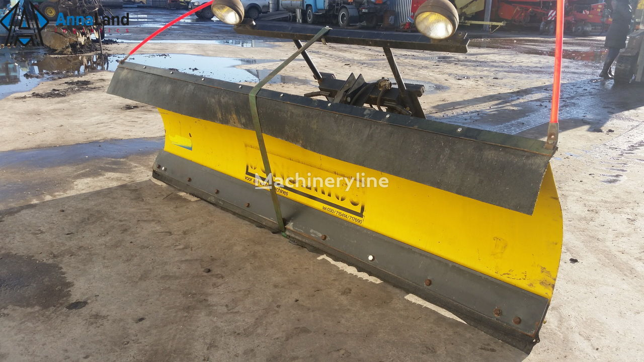 Meyer M-9 Snow Plows snøplog